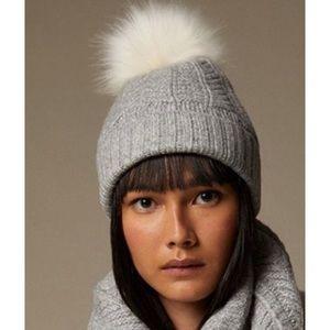 2/$20 🛍️ Love & Lore Heather Grey Pom Hat